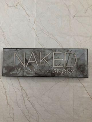 URBAN DECAY NAKED SMOKED PALLET