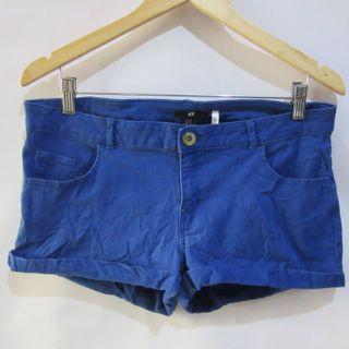 (34) H&M stretchy low-rise shorts, nice super stretchy fabric