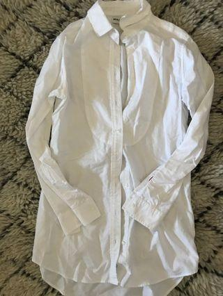 $20 PICK ANY OR ALL Uniqlo white button up shirt size M
