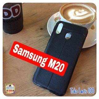Softcase Autofocus Samsung M20 - Cover Hitam - Leather Case