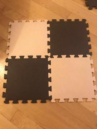 250 foam floor tiles