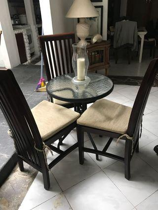 Dining chairs n table