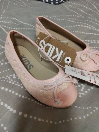 (Free Normal Mail)BNWT Girls Shoes Cotton On Kids Size 10