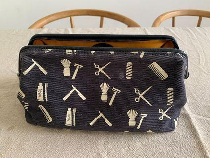 Fossil Framed Shave Kit / Cosmetic Case