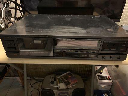 Teac Cassette Deck (壞)