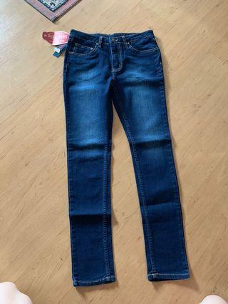 Brand New Bench Daily Jeans (Size fit 28 to 31 inches ) Free Ship