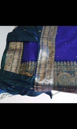 🚚 Beautiful soft silk saree