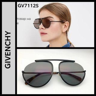 Givenchy GV7112s aviator sunglasses unisex