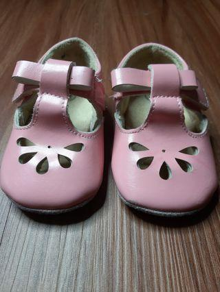 Sepatu baby sepatu anak