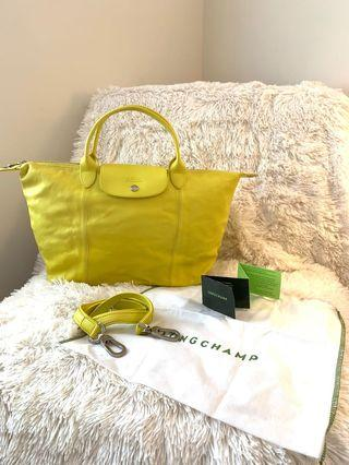 LONGCHAMP Le pliage cuir in Yellow leather M size