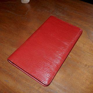 LOUIS VUITTON red epi card case bi-fold wallet