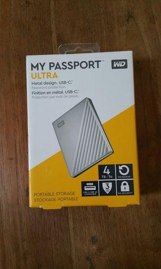 🚚 WD ultra 4TB my passport external hard drive portable