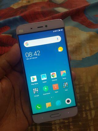 Xiaomi Mi 5 Ram 3/32GB Mines dikit