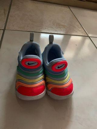 🚚 二手童鞋近全新
