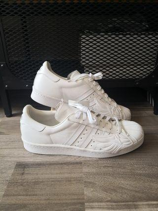 newest 26397 80d91 Adidas Jeremy Scott wings Superstar