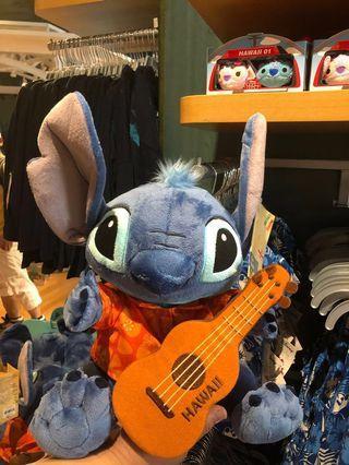 《美國夏威夷Disney Store代購》Stitch史迪仔彈結他公仔