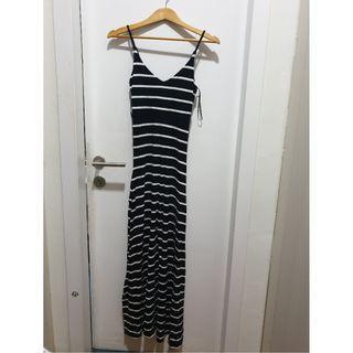 #EST50 Cotton On Long Wavy Dress
