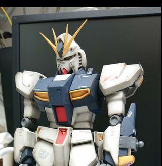 日本直送塗裝完成品 1/100 MG RX93-V GUNDAM  #1267