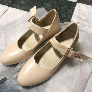 🚚 日本🇯🇵購回 全新 增高鞋 23cm 氣質 鞋 淑女 23公分