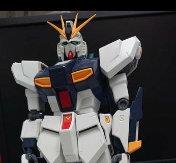 日本直送素組完成品 1/100 MG RX93-V GUNDAM  #1270