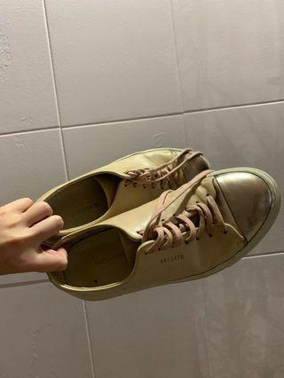 🚚 Axel Arigato Pink Sneakers