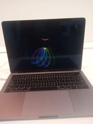 MacBook Pro 13 inci