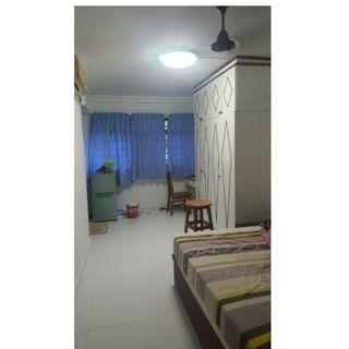 Master room at 368 corporation drive for rent! Aircon wifi! Cooking allowed!