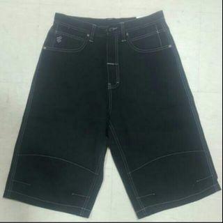 Men Black Denim Bermuda   Brand new . Size 30 / size 32 / size 34 / size 36  Roca wear .. Street fashion ..