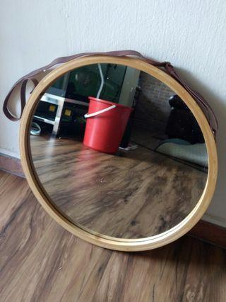 Nordic Hanging Round Mirror
