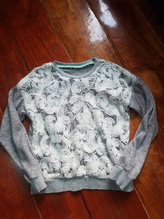 Chic sweater