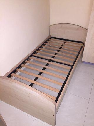 🚚 Single Bed Frame ( without mattress )