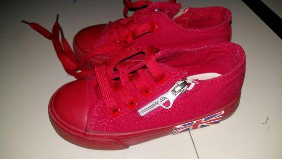 Sepatu fashion anak uk 24 (17cm), kondisi jaminan Bagus 👍