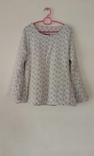 Lace Top Black inner and creamy white lace