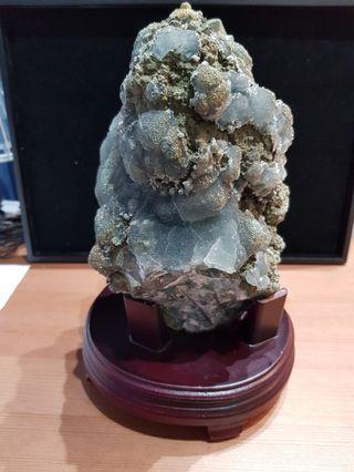 Fluorite with Chalcopyrite cluster