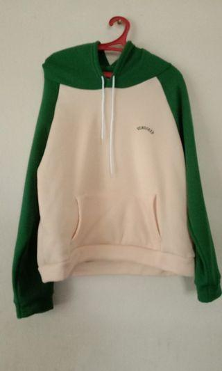 Sweater Creamy Green Color