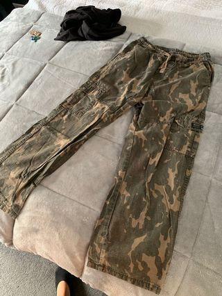vintage camo/cargo pants