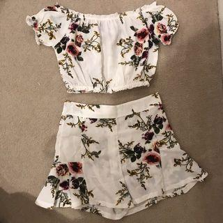 Floral matching shorts and top set ⚡️