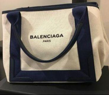 👍👍👍保證全新正品Balenciaga Cabas S 白底×深藍邊 帆布包 沙灘包附小物袋
