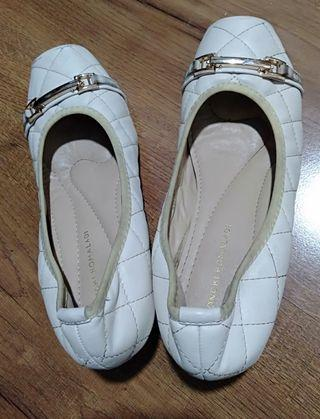 Sepatu Merk Yongki Komaladi putih