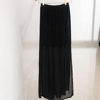 🚚 H&M 飄逸雪紡黑長裙