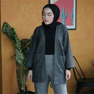 PRELOVED GRAY OUTER OUTFIX SIZE M