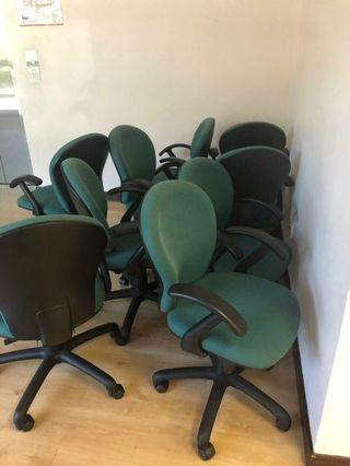 Medium Height Back Executive Chairs with arm rest