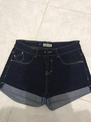 Celana jeans pendek SZ 30