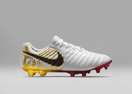 10768c4c3d7 Nike Tiempo 7 Limited Edt Sergio Ramos