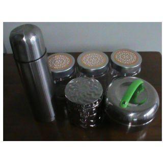 Wadah Bekal Bentuk Apel+Vas Bunga+3 Toples kaca+1 Toples Warna Perak