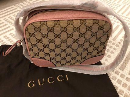 Gucci Bree Original GG Canvas mini messenger