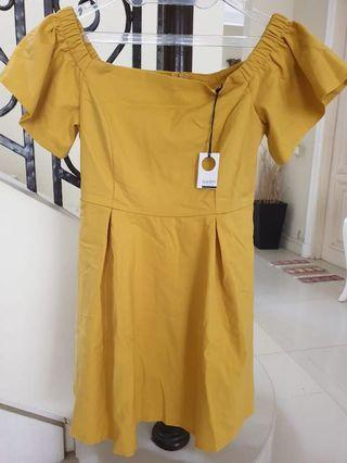 **NEW** Yellow Off Shoulder Dress