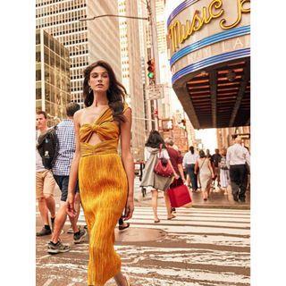 BNWT ALICE MCCALL SUNSET POWER LADY DRESS - SIZE 10 AU (RRP $450)