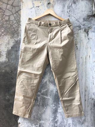 Reprice | Uniqlo eazy ankle pants khaki | cowok