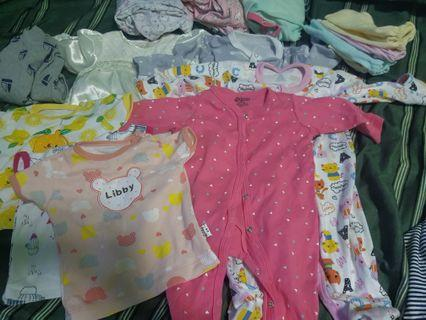 🚚 3-6 months baby clothes